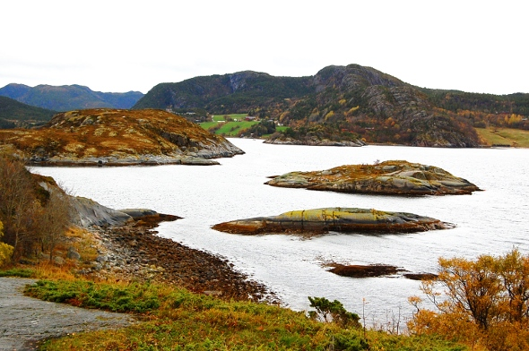 Widok na fjord snilfjord. Norge