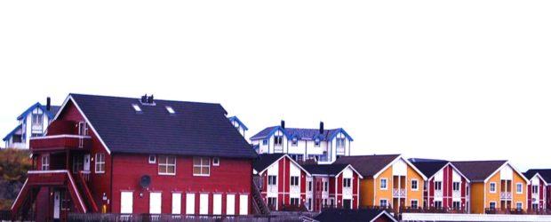 Podczas tej lekcji poznamy dni tygodnia po norwesku. Potem przejdziemy do tworzenia pytań w języku norweskim. Proszę sprawdzić zdobytą wiedzę wykorzystując ćwiczenia na końcu lekcji. Poznajmy dni tygodnia: mandag (poniedziałek), […]